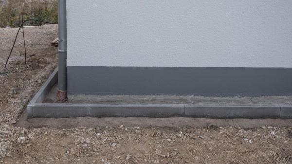 Spritzschutz Haus Traufkante Randsteine
